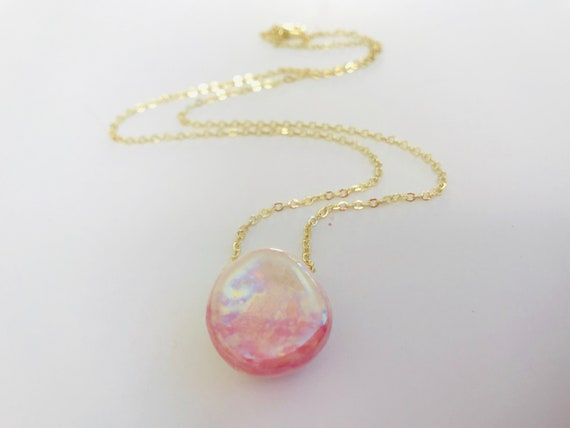 Blushing Pearl Diffuser Necklace
