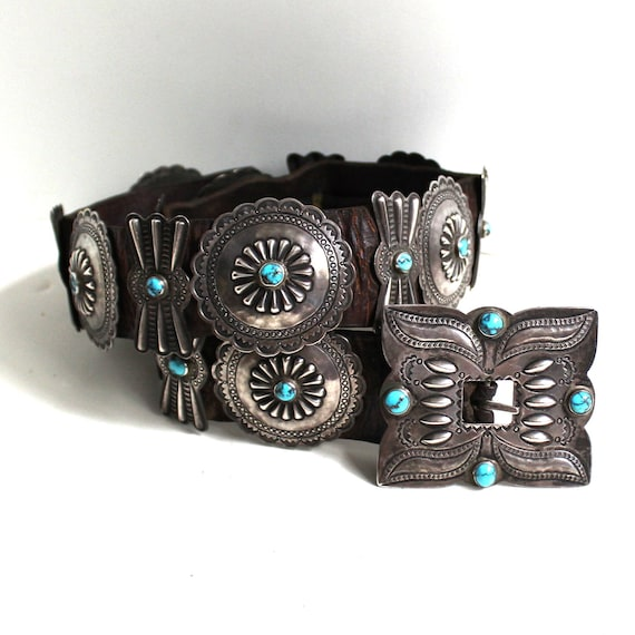 Museum Quality 1920-30's Navajo Turquoise Concho B