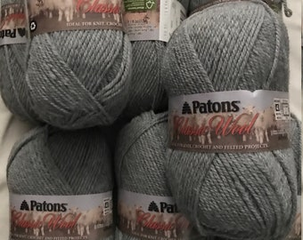 8 balls Patons Classic Wool Worsted