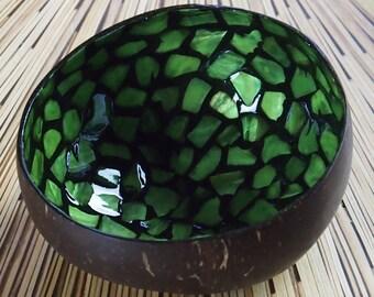 Vietnamese Coconut Shell Bowl-Green Mosaic