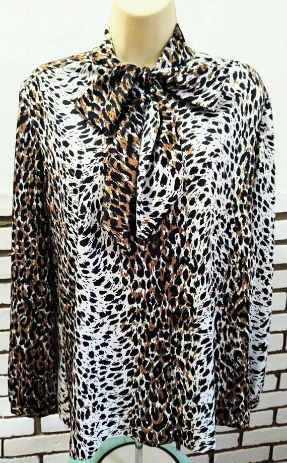 70's 80's Vtg PUSSY BOW Button up LEOPARD Print SH