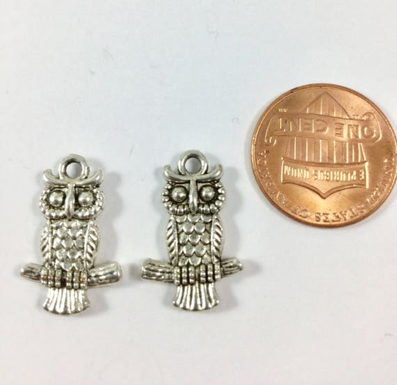 15x12mm 4 Antiqued Silver Plated Pewter Double Sided OWL Beads
