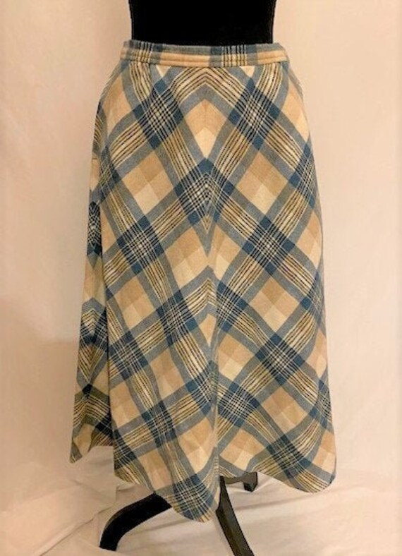 vintage '70s green plaid a-line wool skirt, size 8