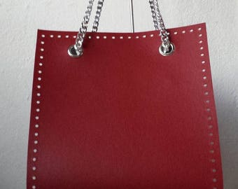 Panel in Bordeaux leather