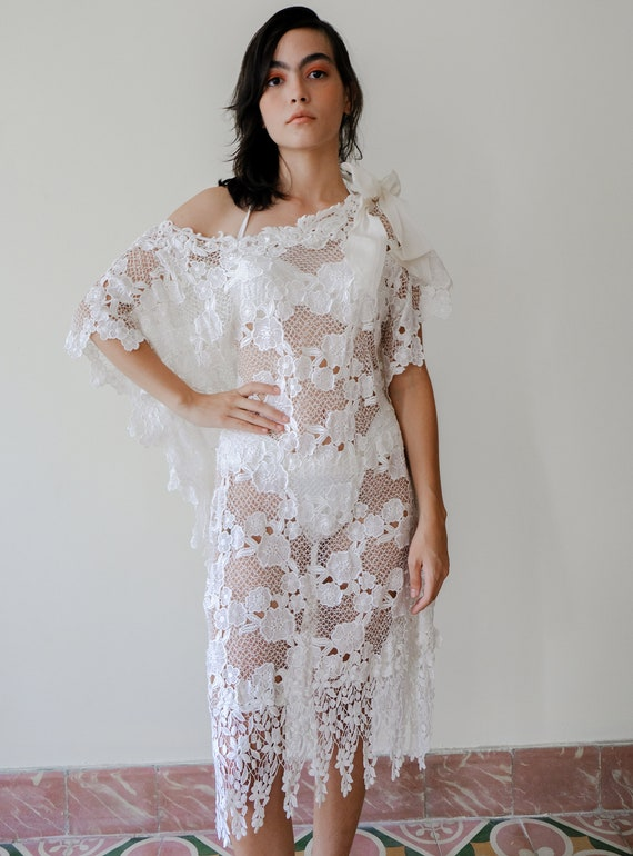 Vintage White Lace Coverup, Vintage Off Shoulder L