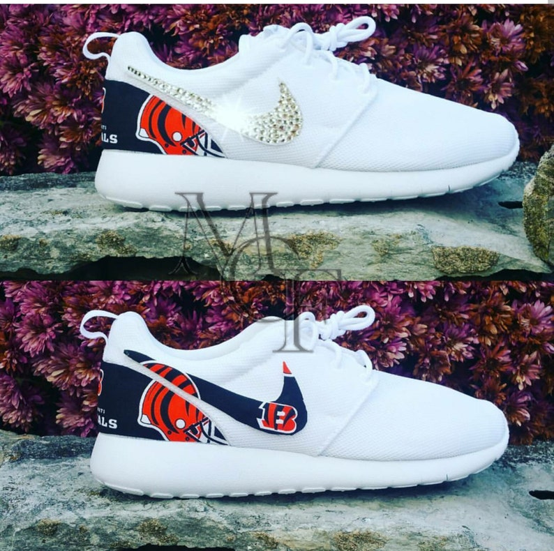 100% authentic b24cb 9a4c0 Cincinnati Bengals custom Nike Roshe