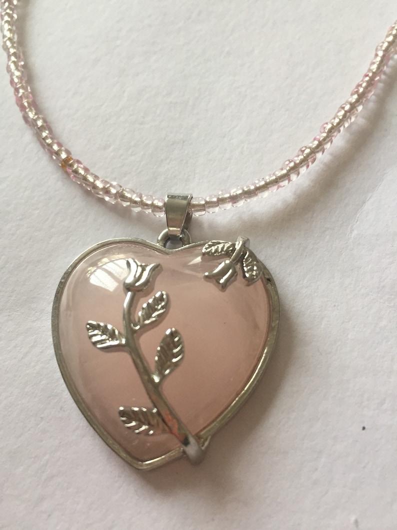 Gift ideas,Hart Rose quartz pendant Rose Quartz necklace Everyday necklace Gift for Birthdays,Wedding jewellery,Bridesmaids Prom flora