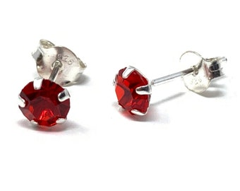 Giftbox 9ct yellow gold 3mm Ruby Red cubic zirconia CZ stud earrings Studs