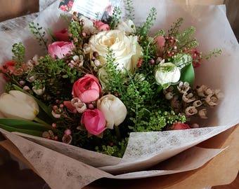 Bouquet -  Vintage Ranunculus Mix - Spring Flowers - Fresh Flowers - Country Style Bouquet - Flower Bouquet - Flower Delivery - Gift