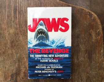 Vintage Jaws The Revenge Paperback, Movie-Tie In, This Time It's Personal, 1987, shark, You're gonna need a bigger boat, shark attack,
