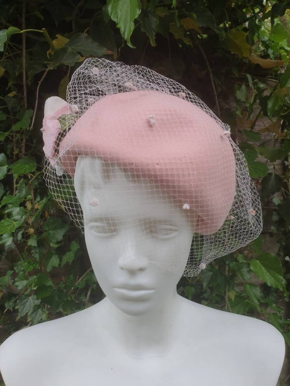 Vintage 50's pink beret veil hat