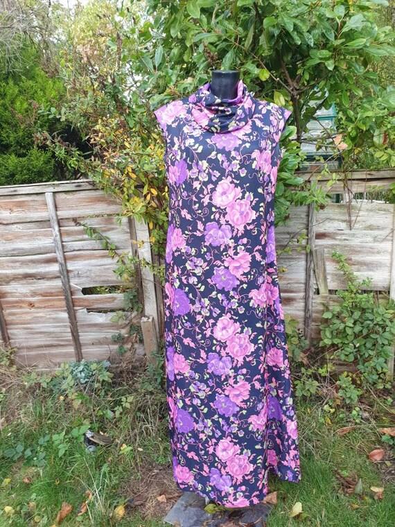 Vintage 70's maxi dress Size xl