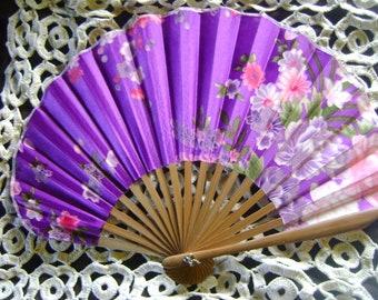 Beautiful Chinese hand Fan