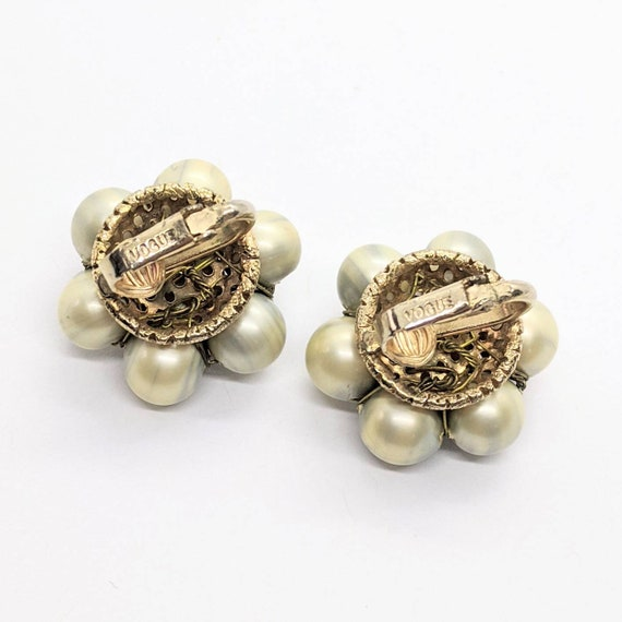 VINTAGE CLASSIC Gold /& Faux Baroque Pearl Clip Earrings.....#8813