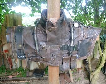 Post-apocalyptic shoulder armor, wasteland armor, shoulder armor, battle armor