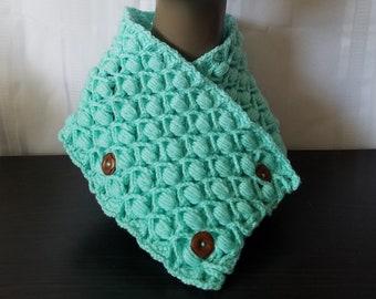 Malanda's Rosebuds Cowl | Crochet | Handmade | Cowl | Scarf | Winter Wear | Green | Classy | Ribbed | Textured | Elegant
