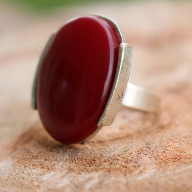 Red Ring-Silver Statement Ring-Elegant Unique Ring-Round Ring-Silver Red Stone Ring-Oval Ring-Boho Ring-Adjustable Ring-Vintage Style Ring