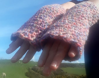 Pink and Pretty Fingerless Mitts