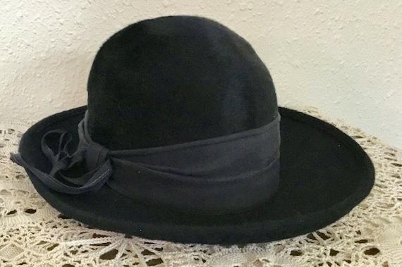 60's Vintage Navy Blue Faux Fur Hat - image 2