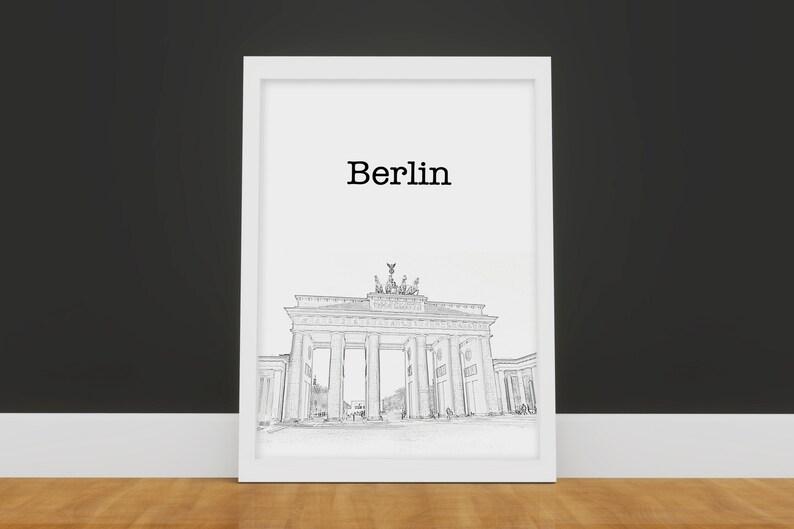 Berlin wedding table card  Travel table card  City table card  Wedding table card  Printable table card DIY  Travel themed wedding