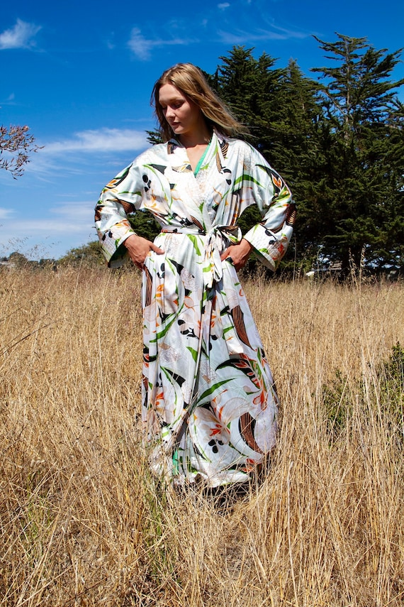 70's Vanity Fair Robe