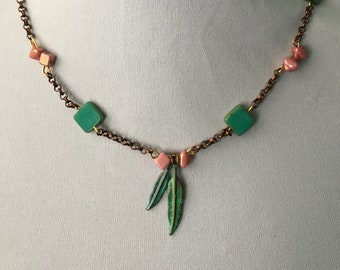 Sweet Pink Feathers Necklace