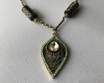 Beauty and Shine Necklace