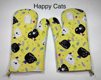 Handmade  Oven Mitts  Oven Gloves  Gift For Her  Cute Chibi Sushi  Nerdy Fabric  Kitchen Decor  Cooking  Baking  Dinnerware  Food