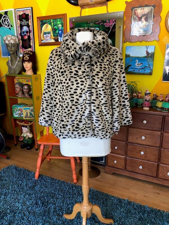 Silky Soft Vintage Leopard or Cheetah Faux Fur Coa