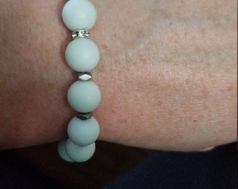 White Frosted Gemstone bracelet with Silver accents