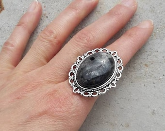 Grey marble ring