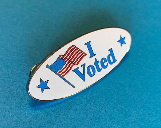 """I Voted"" pin with U.S. Flag"