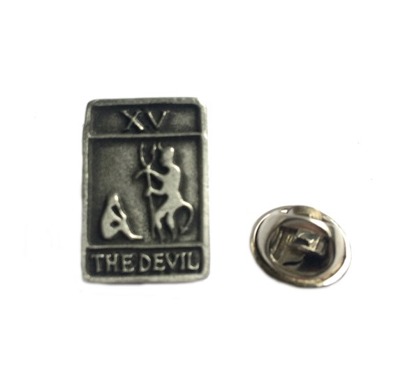 Shamrock Pin Badge in Fine English Pewter Handmade