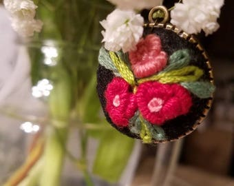 Embroidery necklaces, handmade jewelery, black and red colors combination, floral design,needlework,embroidery orders