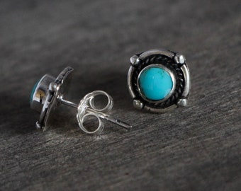 Round Stud Earrings in silver with turquoise, Native American style