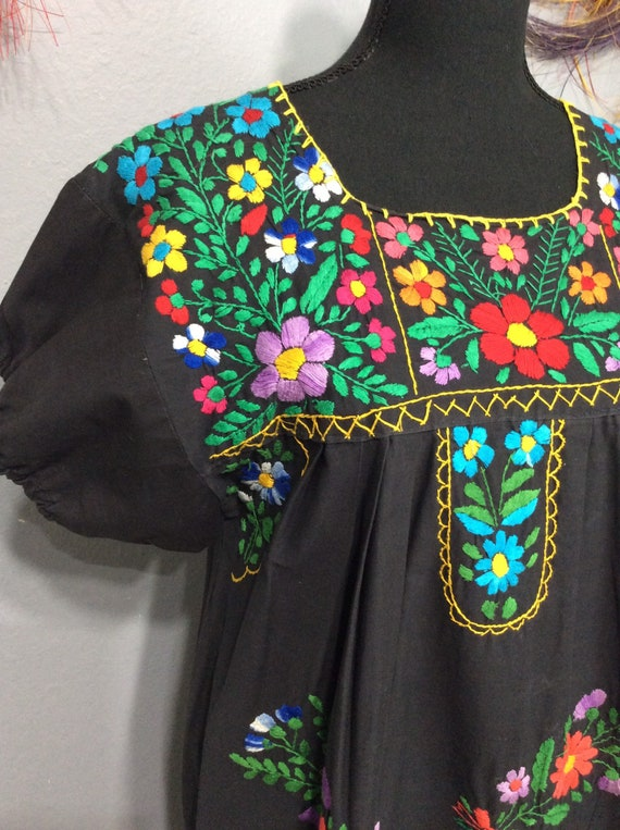 Vintage Mexican Embroidered Dress/ Oaxaca Dress Me