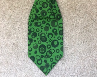 Greyhound tie - Green 1950's retro design - Free Shipping