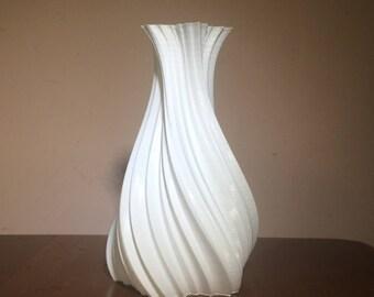 Large Maple Leaf Gossamer Vase