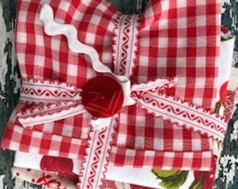 Vintage red and white fabric fat quarters.