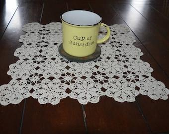 Table lace doilie decorative flower
