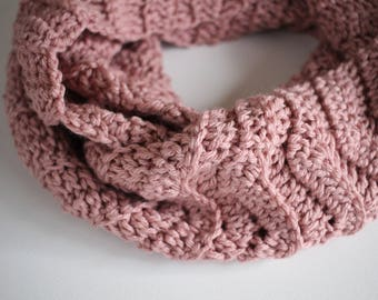 Crochet Chevron Scarf / Infinity Scarf / The JENNIFER