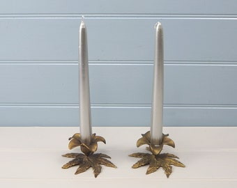 Pair Vintage French leaf design compact candleholders candlesticks candle holder Shabbychic Frestanding Decorative table accessory Christmas