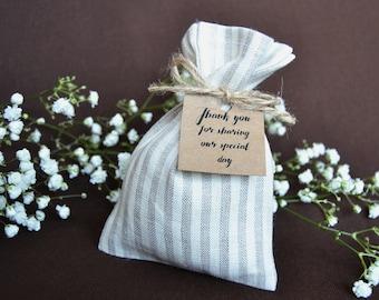 20 burlap bags Custom gift bags Rustic favor bags Jute welcome bags Natural linen bags Natural burlap favor Burlap bag Wedding welcome bags