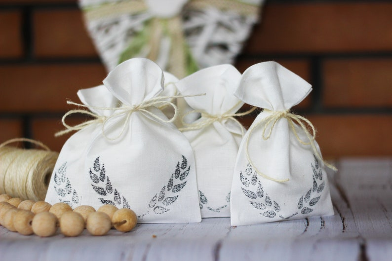 Set 10 linen bags 4x6 Linen bags small Wedding favor bags Bags stickers Confetti bag Ivory coffee bag Baptism bags Burlap bags Rustic favors
