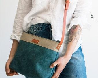 Blue leather bag, Vegan leather purse, Travel purse, Colorblock crossbody bag, Simple crossbody purse, Everyday bag, Messenger purse