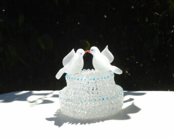 Birds wedding cake top with two love birds on a two-tier base