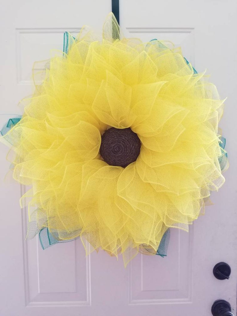 Sunflower wreath front door decor Springtime wreath curb appeal summer decoration fireplace mantle decoration closing gift housewarming gift
