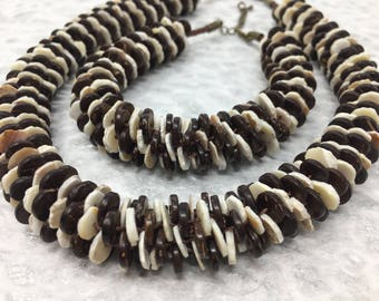 Coconut And Sea Shell Necklace And Bracelet Set