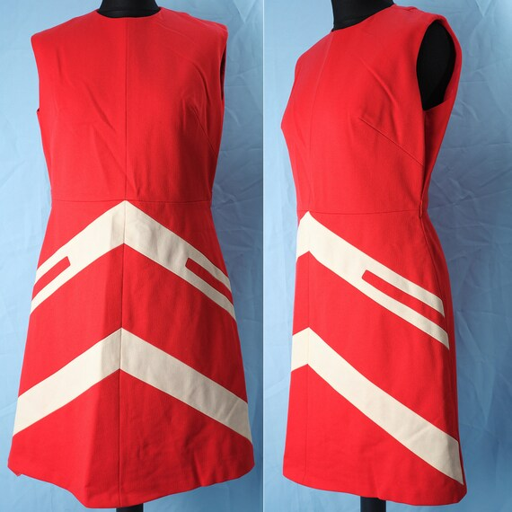 60s red dress from the space-age era. Vintage 60s