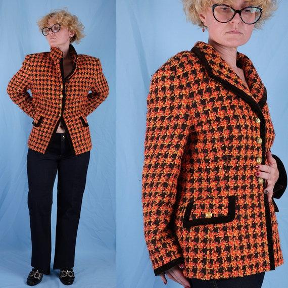 90s ESCADA blazer. Vintage 90s Chanel style blazer
